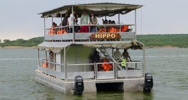 boat cruise at kazinga channel